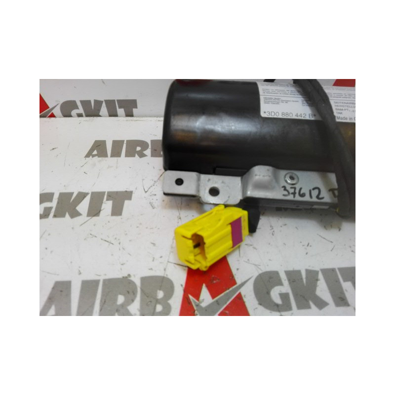 8D0880442B AIRBAG SEAT REAR RIGHT-VOLKSWAGEN PHAETON 2002 – 2007